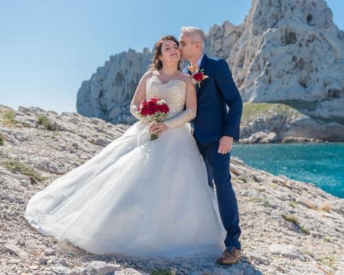 Photo de mariage de Marine et Yoan en bord de mer